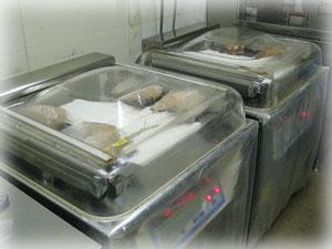 31真空パック機・食肉製造